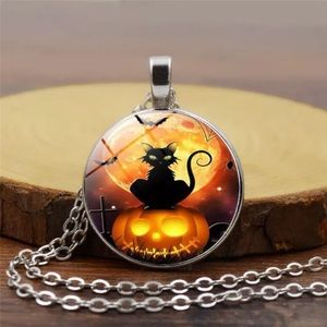 Halloween Cat Glass & Tibetan Silver Necklace